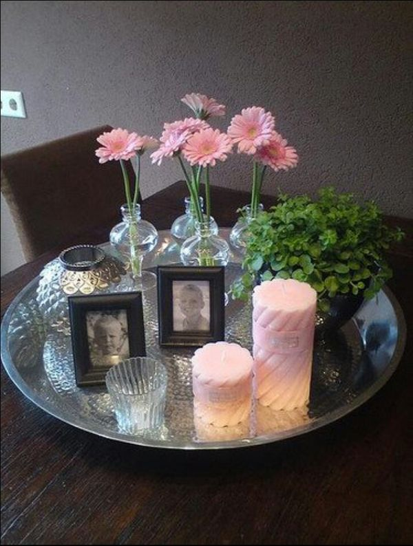 1000+ images about Decoratie tafel on Pinterest   Tray decor, Wooden trays and Toilets