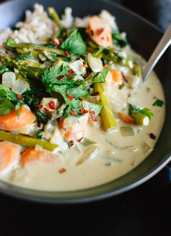 Thai green curry with spring vegetables - cookieandkate.com