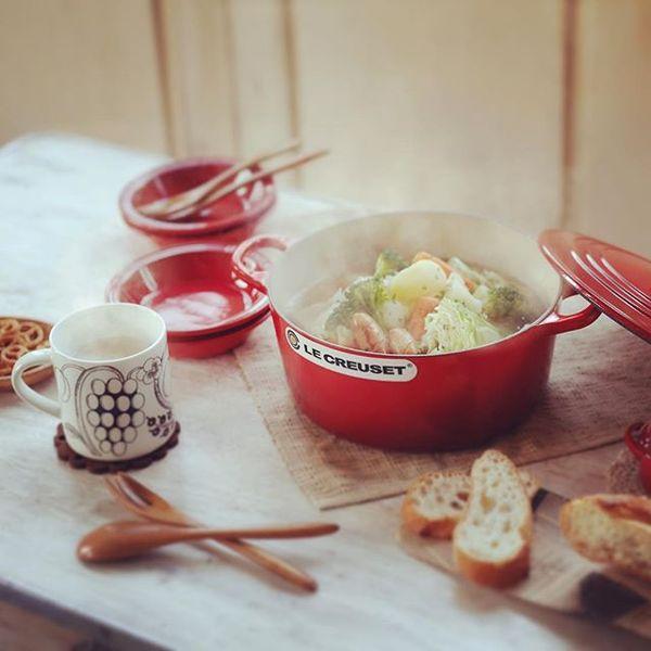 ストウブとルクルーゼ比較研究。あなたのキッチンに合うのはどちら?
