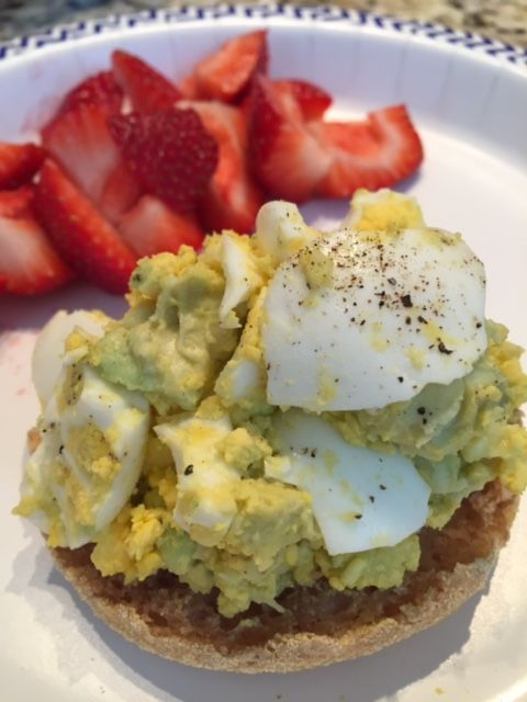 I love both hard-boiled eggs and avocado so this recipe has become my go-to lunch on 21 Day Fix. Avocado is a perfectsubstitute for mayonnaise in an egg salad because it has so many wonderful heal...