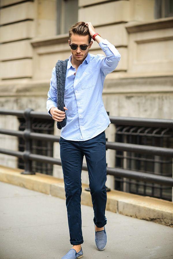30代メンズにおすすめネイビーファッション7:ネイビーコーデはシンプルが一番!