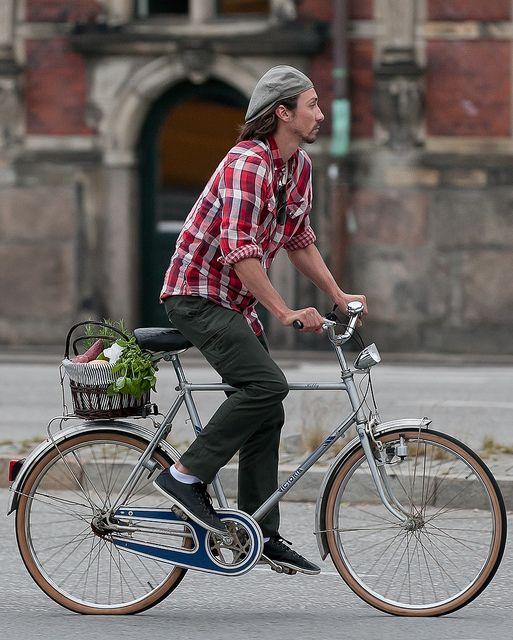 【2016最新】ベレー帽コーデ50選|海外メンズのストリート&SHOWスナップ集