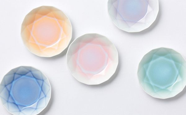 キラキラかわいい!宝石のように艶やかな有田焼の小皿ARITA JEWEL