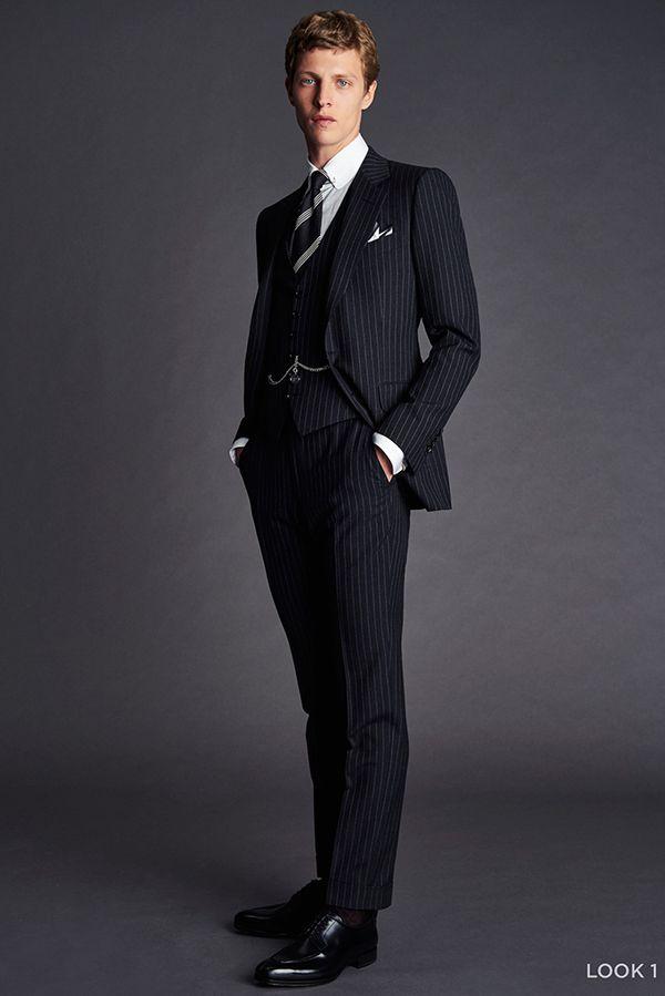 黒スーツ&茶靴コーデを ...