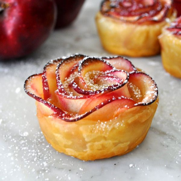 this looks surprising easy to make! PUFF PASTRY APPLE ROSETTES Recipe
