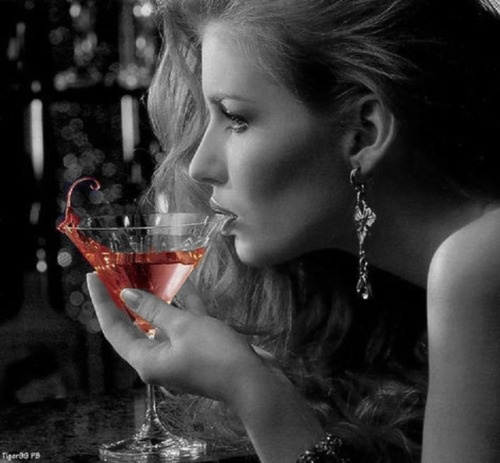 ラム酒の飲み方をご紹介!香りも良く飲みやすくて女性におすすめ♡