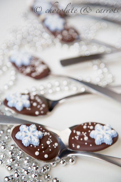 Brown   Buraun   Braun   Marrone   Brun   Marrón   Bruin   ブラウン   Colour   Texture   Pattern   Style   Snowflake Chocolate Spoons