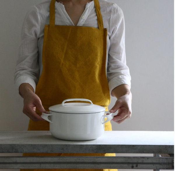 野田琺瑯の鍋がアツイ!人気の理由、永く付き合うコツは?