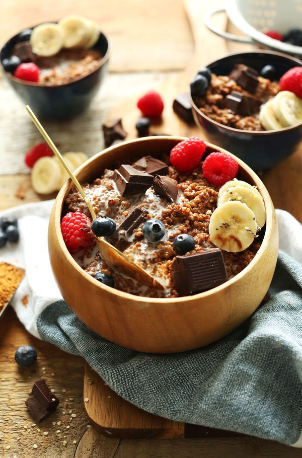 Dark Chocolate Quinoa Breakfast Bowl (recipe) / by Minimalist Baker