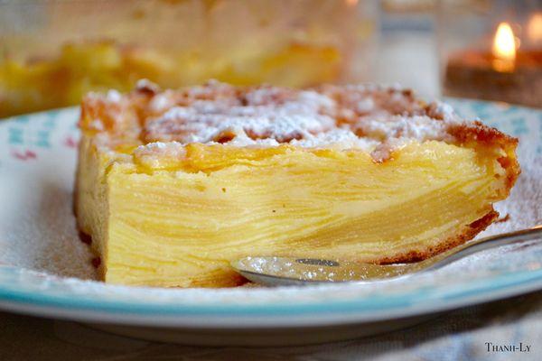 Dans la lignée du gâteau magique, le gâteau invisible fait partie de ces stars de la blogosphère culinaire. Invisible parce qu'il cache bien ses composants, il contient à lui seul 6 grosses pommes …