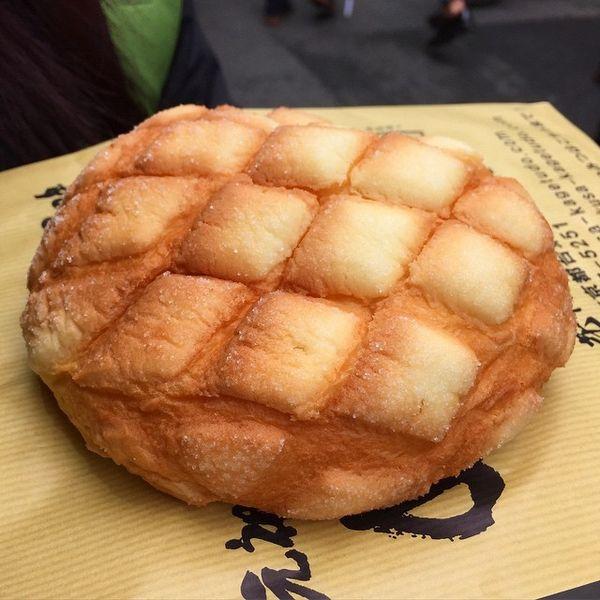 今、浅草でメロンパンが超話題!?1日3000個売れる店とは☆