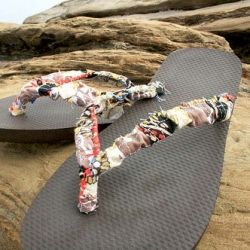 Collection of DIY Flip Flop Tutorials. Turn a chea… Image