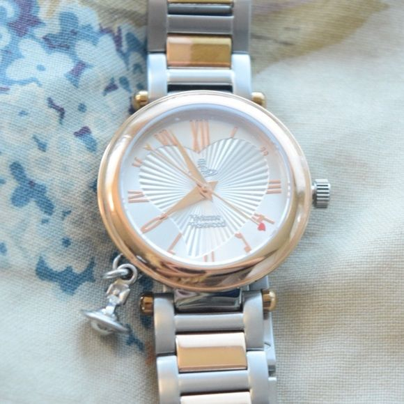 ヴィヴィアンの腕時計はアクセサリーとしても。厳選4つのシリーズを価格とともにご紹介。