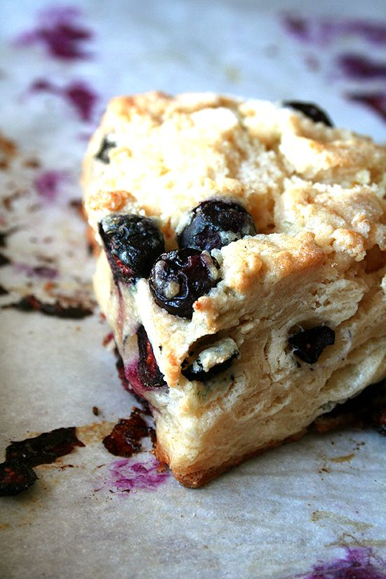 Buttermilk Blueberry Scones - I absolutely adore scones, so making these is a must!