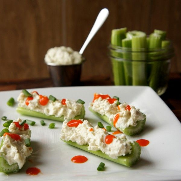 Creamy Buffalo Blue Cheese Stuffed Celery // perfect way to fight wing cravings, low carb #appetizer #snack