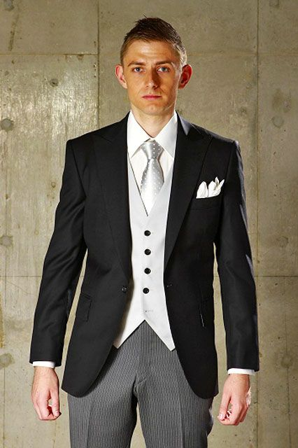ディレクターズスーツを着こなす!セットアップに必要なポイントを一挙大公開!
