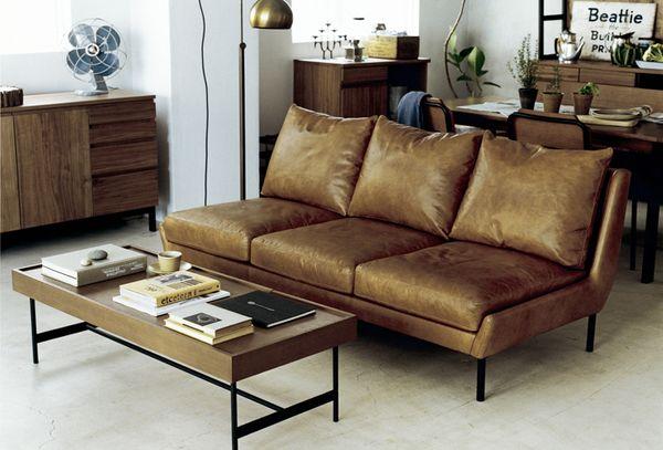 理想のソファテーブルに巡り合おう。機能性重視の製品もバッチリ紹介