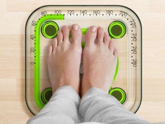体重計の概念を覆す、電気も針も使わない、液体体重計(画像) | 情報屋さん。