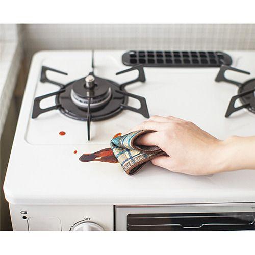 油汚れには重曹が効く!重曹の効果と落とし方、キッチン場所別活用法