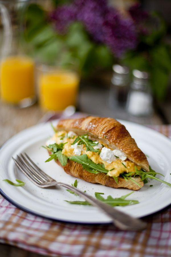 croissants w/scrambled eggs, feta cheese and rocket