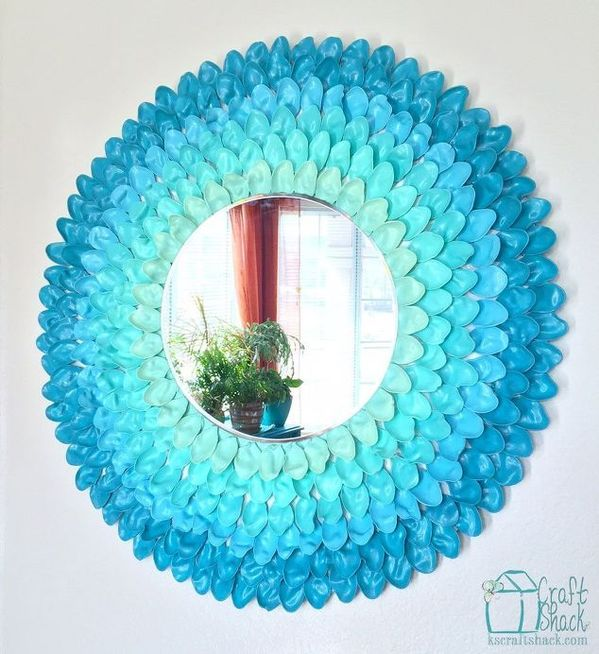 Ombre framed mirror made with plastic spoons and paint.