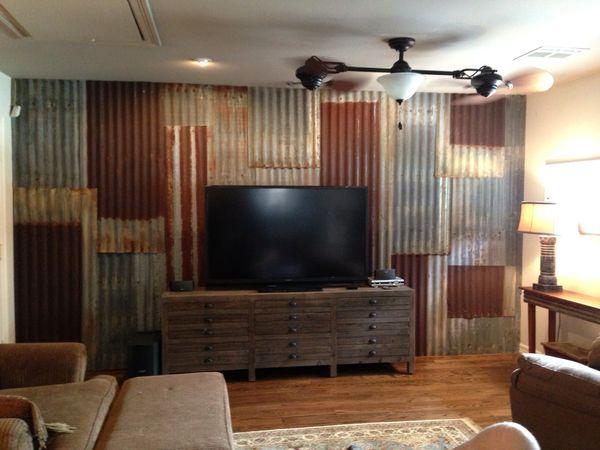 Rusted Tin Walls : Corrugated tin backsplash island w barn red cabinets