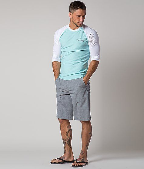 大注目サーフブランド「ハーレー」の人気Tシャツで春夏をお洒落に着こなす!