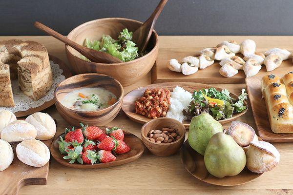 アカシアの木製食器が素敵すぎる。使ってみたい15点ご紹介