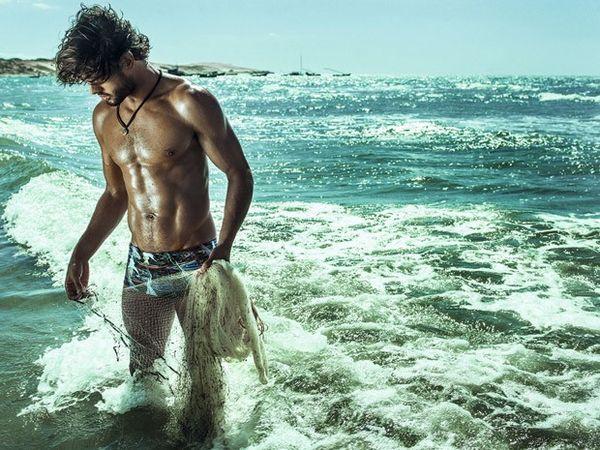 【2016夏《メンズ水着》トレンド先取り】海外の流行着こなし&人気ブランドをチェック!