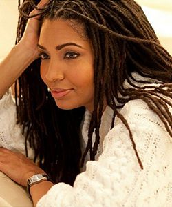 Long and loose locs hairstyle