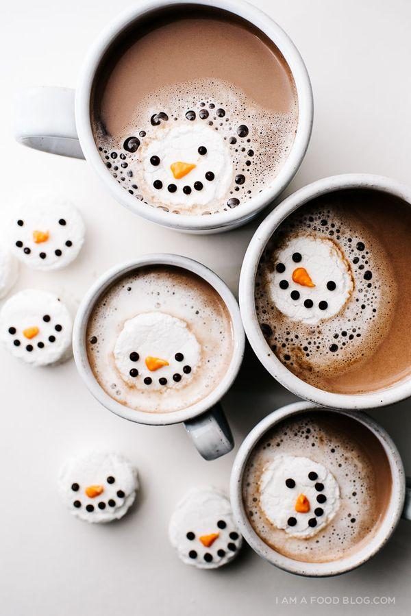 Mint Snowman Marshmallows by iamafoodblog #Snowman_Marshmallows
