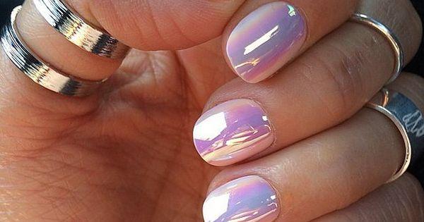 Ногти розовые с втиркой