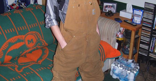 Fresh ideas of wearing overalls