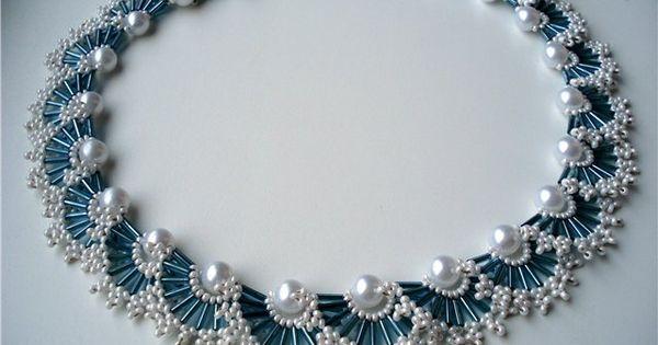 Ожерелья из бисера и бусин