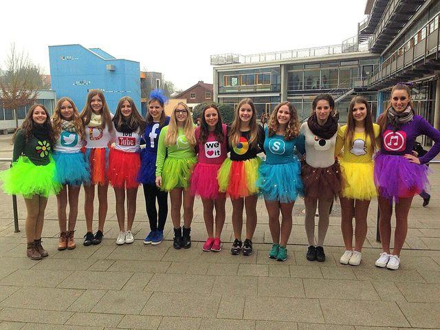 Social media Halloween costumes! \u003c3 Halloween costumes Pinterest - team halloween costume ideas