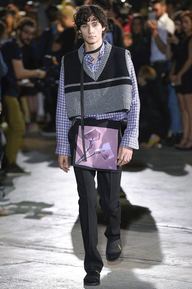 Raf Simons Spring 2017 Menswear Fashion Show - Raf Simons Spring 2017 Collection Fashion Show - Pitti Uomo guest designer - Milan Men Fashionweek - Bxy Frey