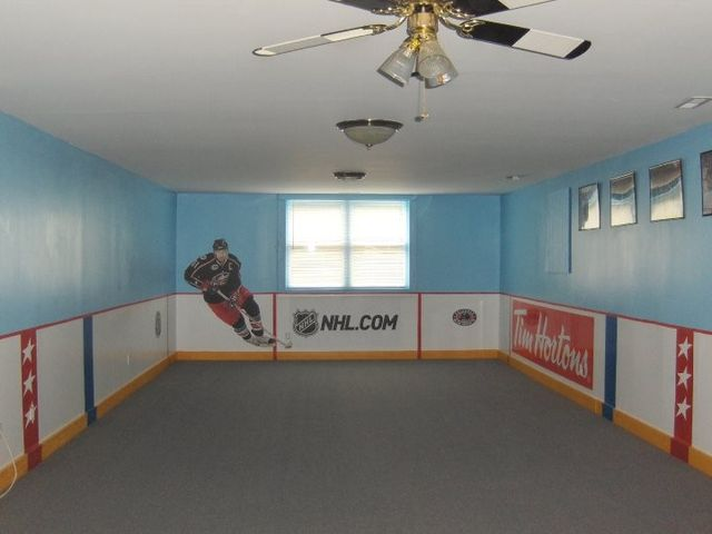1000 images about hockey lacrosse on pinterest hockey for Boys hockey bedroom ideas