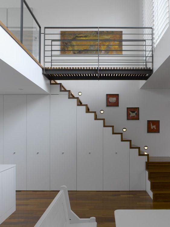 Escalier h lico dal limon lat ral avec contremarche eli ca 03 rizzi e - Escalier avec rangement ...