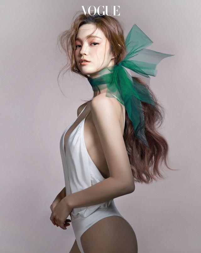 "koreanmodel: Han Eu Ddeum by Cha Hye Gyung for... - koreanmodel: "" Han Eu Ddeum by Cha Hye Gyung for Vogue Korea April 2016 """