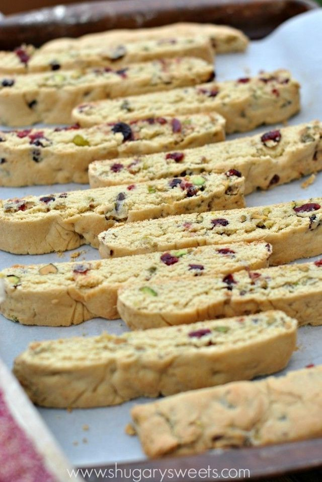 Cranberry Pistachio Biscotti - Cranberry Pistachio Biscotti recipe is easy to make and perfect for holidays!