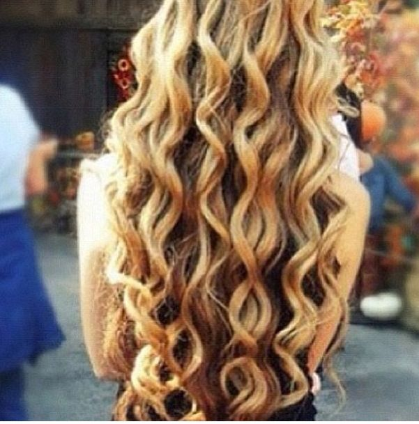 how to make curls with wand