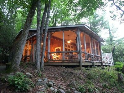 Lovely Cabin With Screened Porch Smaller Lake Cabin