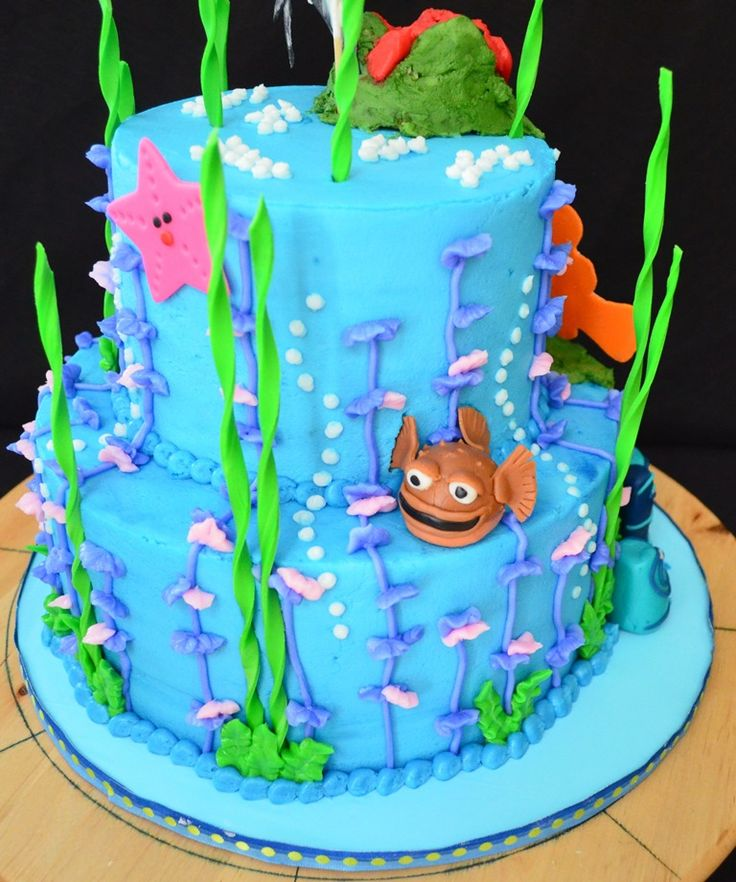 Fish tank finding nemo cakes and other desserts pinterest for Finding nemo fish tank
