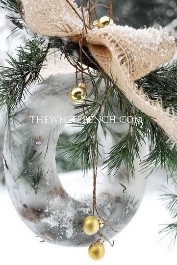 outdoor frozen wreath