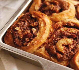 Dark and Dangerous Cinnamon Buns Recipe   Delightful Divine Sweets ...