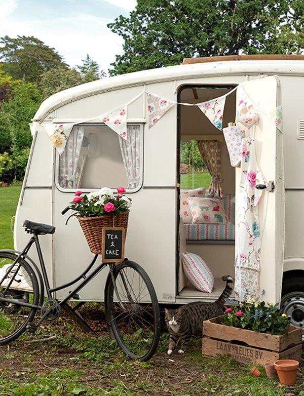 Pretty #white #caravan