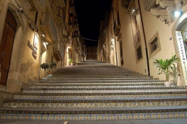 Caltagirone Italy  city images : Caltagirone Italy | Favorite Places & Spaces | Pinterest