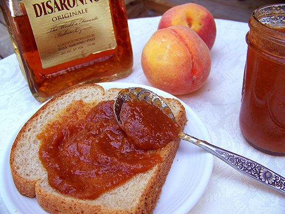 How to Make Amaretto Peach Butter | Just Peachy! | Pinterest