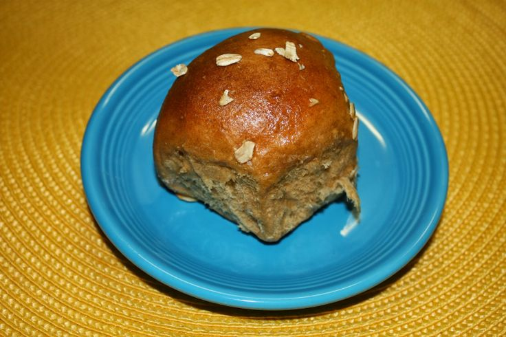 Cheese with Noodles: Secret Recipe Club: Oatmeal Molasses Rolls
