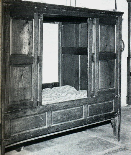 Joined standing cupboard bedstead. Welsh. Pine circa 1800. The whole